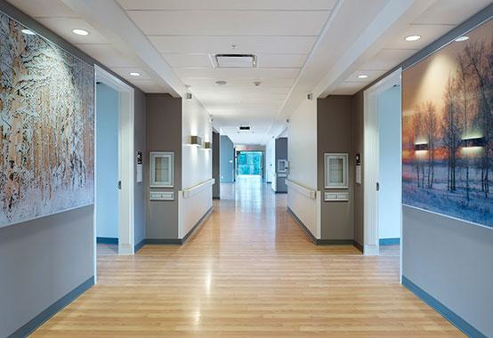 Photo tour edson healthcare centre hcd magazine for Tom hoch interior designs inc