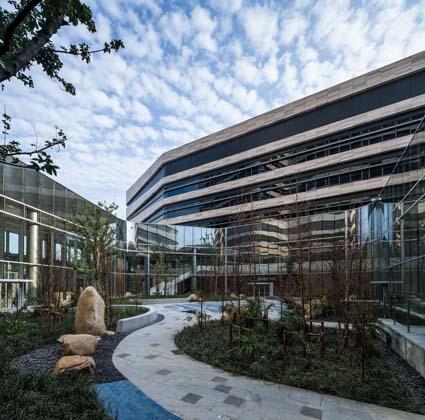 PHOTO TOUR: Shanghai Jiahui International Hospital